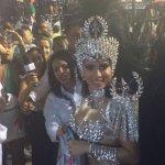 Anitta chega para o desfile da Mocidade. https://t.co/0ntfVe0FeB