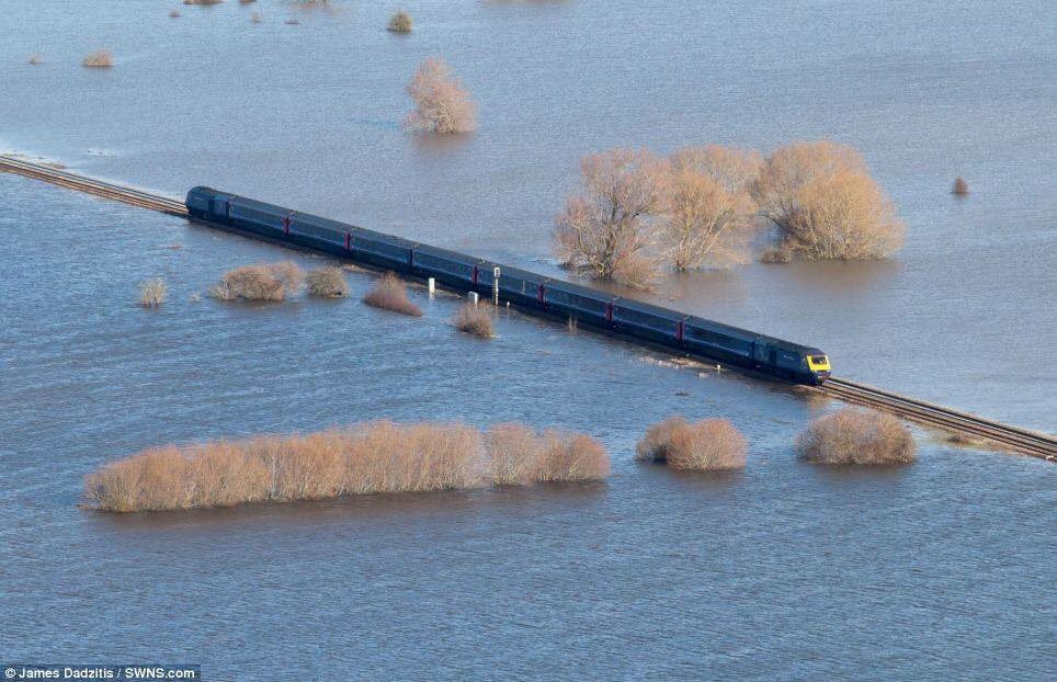 Two years ago this was in the news. Thank heavens our flood defences and dredging have worked! https://t.co/XGJJOENLNy