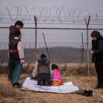 South Korean family prays for relatives in the North near the demilitarized border zone to mark the Lunar New Year https://t.co/HN6Z8k7Y5V