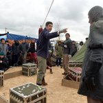 Migrant knife threat ends performance of Hamlet at Calais 'Jungle' camp: https://t.co/omZUj6uB1p https://t.co/WTP8Z9O3Lr