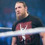 Daniel Bryan anunció su retiro de la lucha libre #WWE https://t.co/wj8Kq47V71 https://t.co/rIFhGTLZ4a