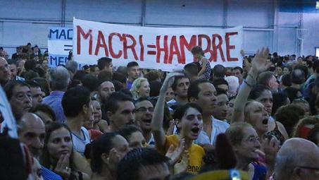 #FelizCumplePresidente con ausencia en San Lorenzo por temor a abucheos https://t.co/A2HcW0yfvE https://t.co/OVwwDP6au0