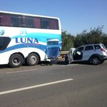 Dos adultos mayores gravemente heridos tras colisión entre bus y automóvil en Mulchén https://t.co/TfmDTqu01B https://t.co/x7DQ26NMoK