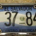 #AlertaSV Ayudemos a localizar al propietario de placa encontrada en Col. Escalón.   ¡Dale RT! https://t.co/8DBW6oeSVy