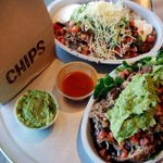 ???????????????? Chipotle handing out FREEEEE BURRITOS TODAY. ???????????????? https://t.co/va0ydmgNSN https://t.co/CcwAXb1Irg