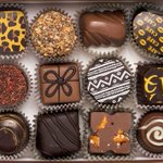 Taste #heaveninyourmouth at the 5 best places to get #Chocolate in #Miami for Valentines : https://t.co/tFAO3a4nBO https://t.co/fTbmyRikIF
