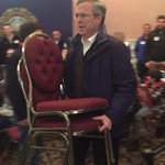 Not enough chairs? Jeb can fix it. #FITN #PortsmouthNH https://t.co/YGGSKjqvAx