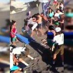 Video: Brutal pelea generó minutos de tensión en Lican Ray https://t.co/Oa5CgVSyvv https://t.co/rEV9QnKFa0