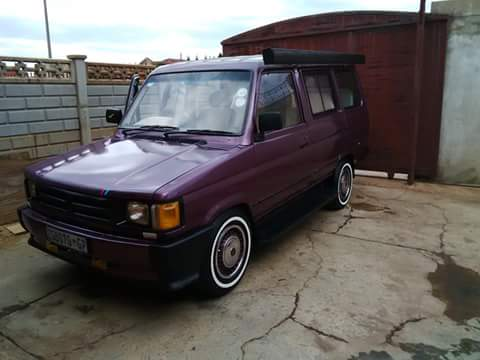STOLEN VEHICLE: Purple Venture just stolen in  Potchefstroom. ZGB 070 GP  0826904532 https://t.co/8QH4B1JOfj