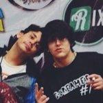 #tb con mi bestie #parecequetraigounporro @rix https://t.co/WzsLbBNxXg