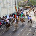Desfile lindo mesmo é esse daqui! https://t.co/H4PkSPzNs6