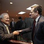 """RT @Yolden1: Pdte ARENA, @JorgeEVelado aseguró les """"agradó mucho"""" la posición del Gobierno, de respeto a Acuerdos. https://t.co/U0rnGR0fWP"""