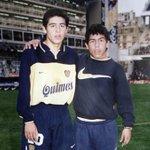"""Importante que los chicos del Club colaboren como """"pasabolas"""". Identidad total! Enzo-Dalesandro y Roman-Tevez. https://t.co/4pgXpM19vG"""