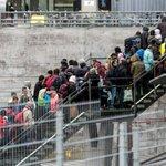 Ett fåtal brott i Sverige kopplas till flyktingar https://t.co/moJ3Gmsr70 https://t.co/mXrnI7P5IU