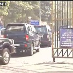 #SiachenMiracle PM Narendra Modi reaches Army RR Hospital to meet Lance Naik Hanumanthappa https://t.co/YMXotyJV8B