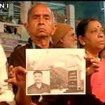 #SiachenMiracle   Special prayers being offered for Lance Naik Hanumanthappa at Ganga Ghat in Varanasi, UP (ANI) https://t.co/N9NvAqd8vj