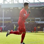 Congratulations to @Roberto_Firmino, who has been named as the PFA Fans Player of the Month for January. https://t.co/4GbMOZncB8