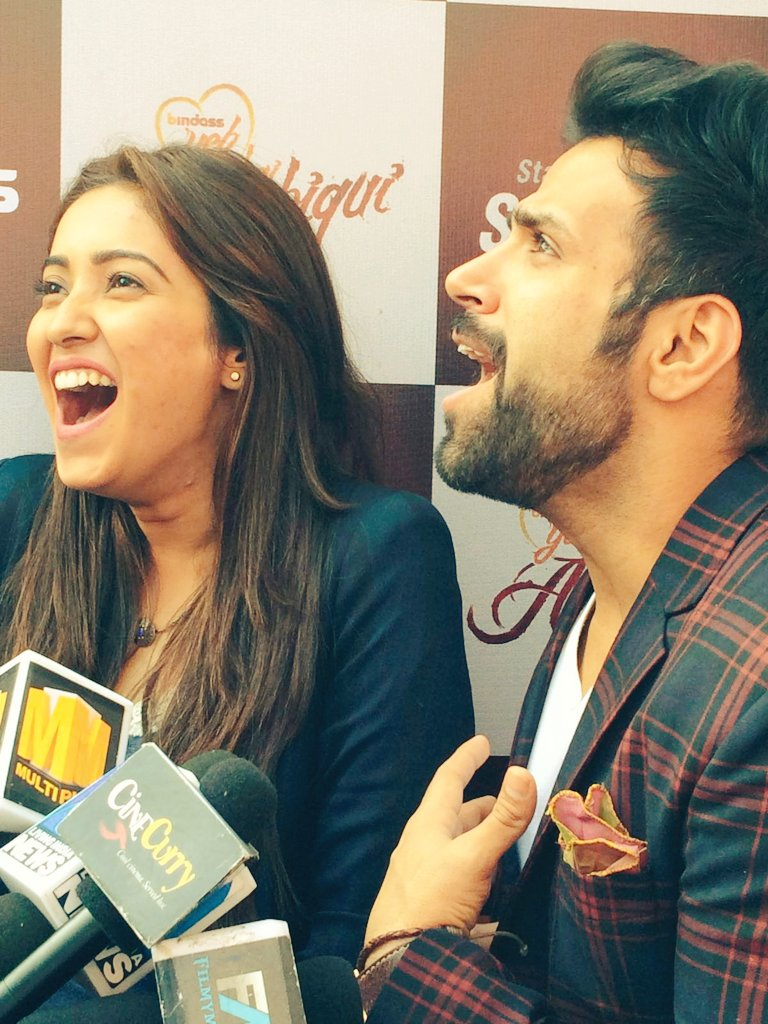 Love is laughing together with your soulmate! @rithvik_RD and @AshaNegi7 at the #YHASeason4 event today! https://t.co/MP38gNsTZH