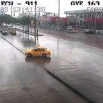 Conduzca con cuidado. Cámaras #ECU911 visualizan lluvia en el norte de #Guayaquil. Reduzca la velocidad https://t.co/cHKeVRXoUl