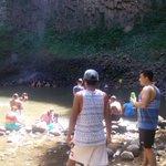 El área recreativa del Salto de las Palmas en Veraguas, fue visitada por una gran cantidad de bañistas. #FTCAyuda https://t.co/Wtrf9zT82m