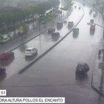 Videovigilancia @cscg112 monitorea calzada mojada por lluvia en el norte de #Guayaquil. Conducir con precaución. https://t.co/OPW899aHQj