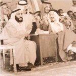 صورة متداولة تجمع الشيخ زايد مع الملك سلمان والملك خالد والملك عبدالله /الأكثر مشاهدة #برق_الإمارات https://t.co/If6fTBWski