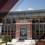 #KyleField is up for Stadium of the Year 2015! You can vote here through Feb. 19: https://t.co/ZqONjyTnO6 #12thMan https://t.co/7377kqTWb9