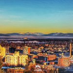 An amazing sunrise from Downtown #Spokane looking North/West with the mountains in the distance! #FilterNerd https://t.co/NIoZGaI45V