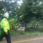 Accidente de tránsito sentido GYE - Salinas Via a La Costa pasando Cdla Seymour. @AntiradarGYE @ecu911sambo https://t.co/HubtuzHvkC