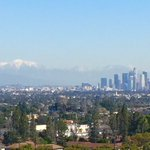 Love seeing #snow in #LosAngeles .....when its WAY OVER THERE! https://t.co/mNSSxr9Mlg
