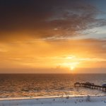 A6: Glowing sunsets on sugar sand beaches make Clearwater the ultimate destination for Valentines! #FLTravelChat https://t.co/Or4ERiL4yP