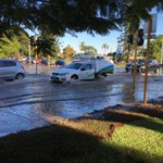 Burst water main causing traffic chaos on corner of Vincent and Charles St in North Perth. Road collapsed under van. https://t.co/HxVAn3QhAe