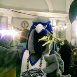 @Frankie_Falcon is stealing the show at @NHFPL Mardi Gras! #Teaching #InvestingInEducation #NewHaven #Community https://t.co/qZZ3kRr9lg