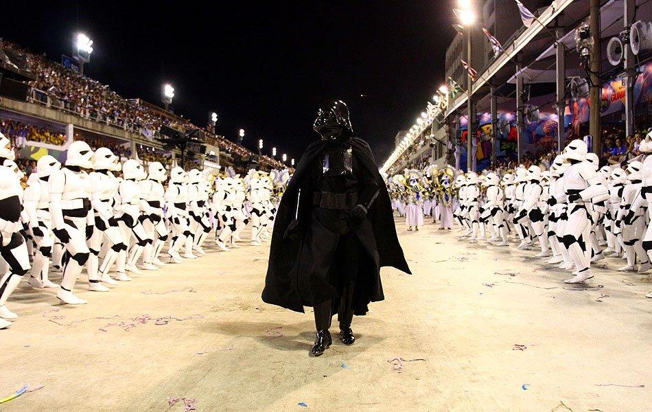 Tenho saudade desse carnaval. Quem lembra? (Unidos da Tijuca - RJ, 2011) https://t.co/wwjx5rP9Ta
