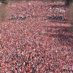 REPORT: This picture isnt from the #BroncosParade, its actually the line in Denver to buy weed https://t.co/1mn2hNUFBE
