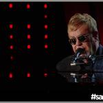 """""""Ancora mi piace suonare, soprattutto dal vivo"""" #EltonJohn sul palco di #sanremo2016 https://t.co/DxPTjhkNtr"""