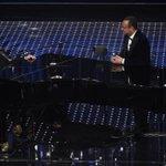 Ed Elton John incanta lAriston e parla della sua paternità: https://t.co/5CTDfeZMK7 #Saremo2016 https://t.co/HO5TzxvEBr