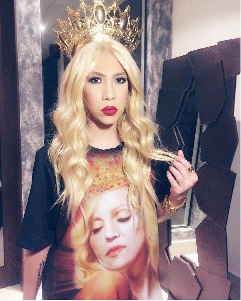 Jose Marie Viceral is ready for Madonna tonight ! #RebelHeartTourManila #MadonnaInManila https://t.co/fliFKLqR2l