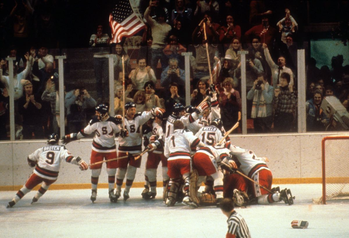 This day in 1980: Team USA stuns hockey with massive upset of USSR, paving their way to Lake Placid Olympic gold https://t.co/qcJdTsoyuG