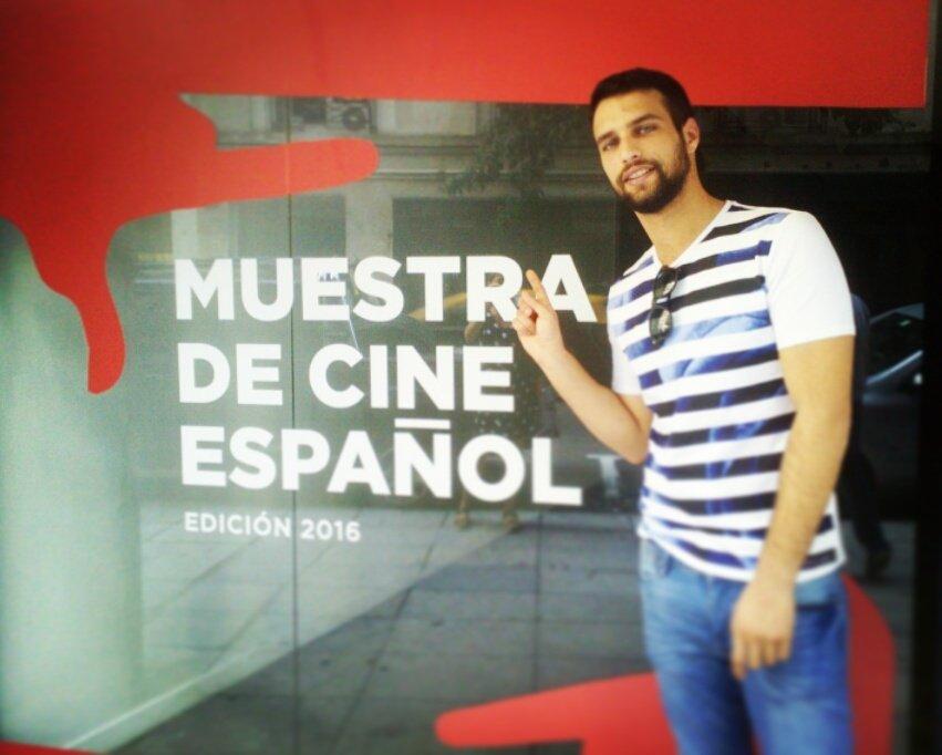 Ya tenemos a @Jesus_Castro_5 con nosotros,  acompáñanos hoy a las 21hs en la presentación de #ElNiño en el #Gaumont https://t.co/j83E7HYRtO