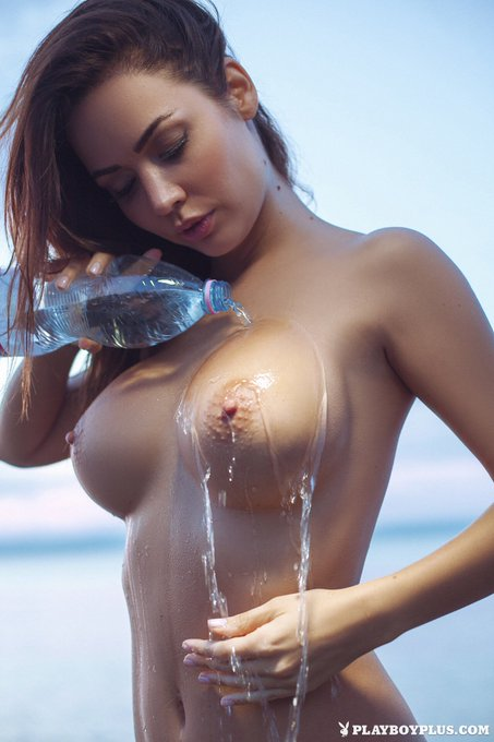 RT @WeFapToThis: ?? GIRL OF THE DAY ?? ➖➖➖➖➖➖➖➖➖➖➖➖➖  #Follow ?? @AdriennLevai ??  ➖➖➖➖➖➖➖➖➖➖➖➖➖  #FappersDelight