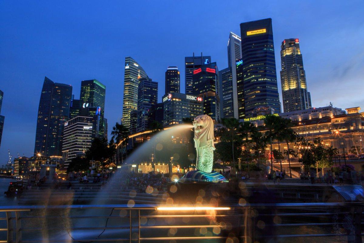 Terbang ke Singapura dengan hemat, cek di