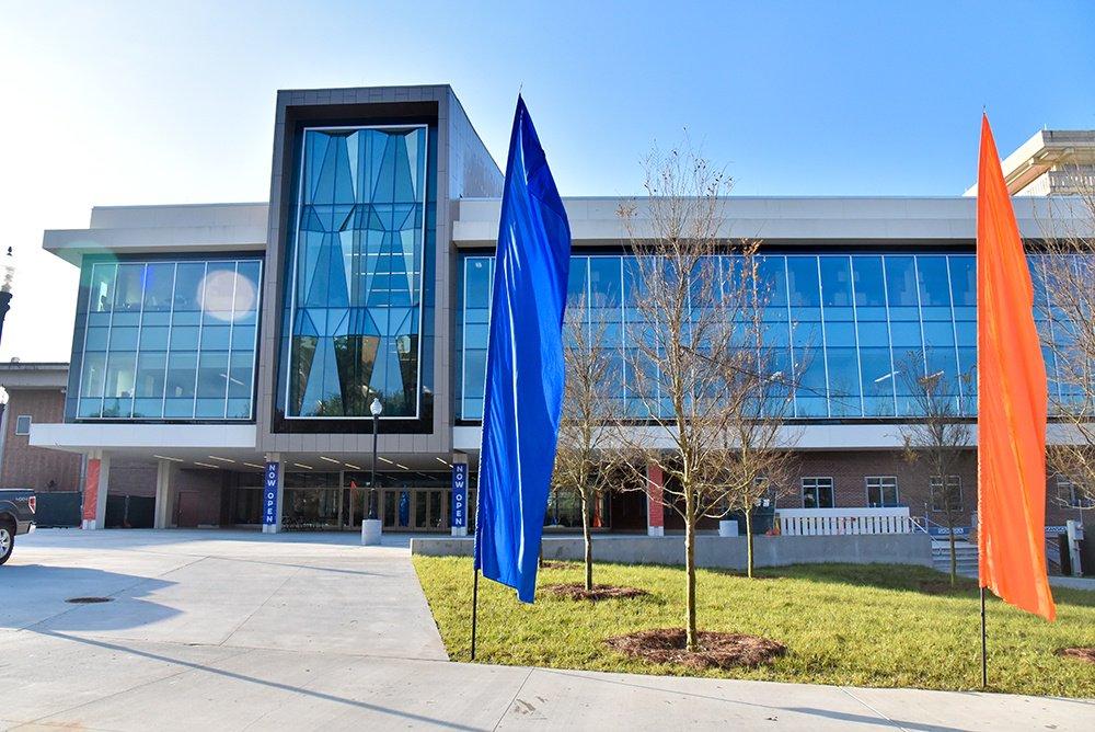 University of Florida's Reitz Union opens https://t.co/4UQLK6JDaG #campuslife @UF https://t.co/EcfpN9od8u