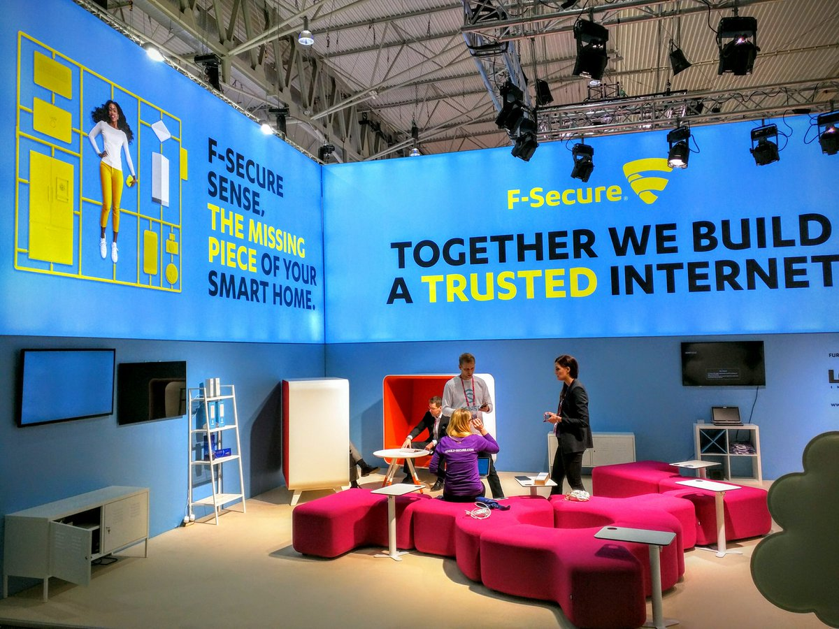 #MWC16 is redefining 'mobile' to include everything https://t.co/JjOjG48S74 https://t.co/7wNhzpS6d5