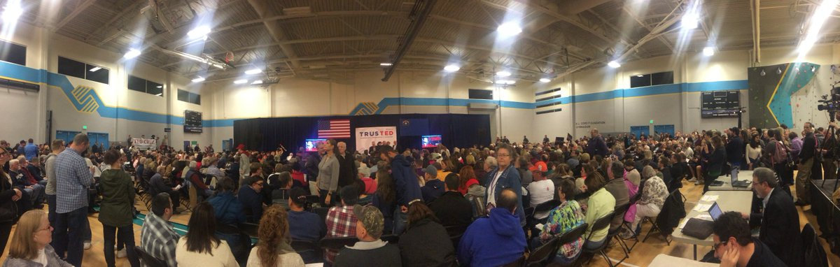 Crowds have filled @PositivePlace in Reno for @tedcruz's rally. @VanTieuKRNV will have the report at 11 #NVcaucus https://t.co/TCrvnjCmrS