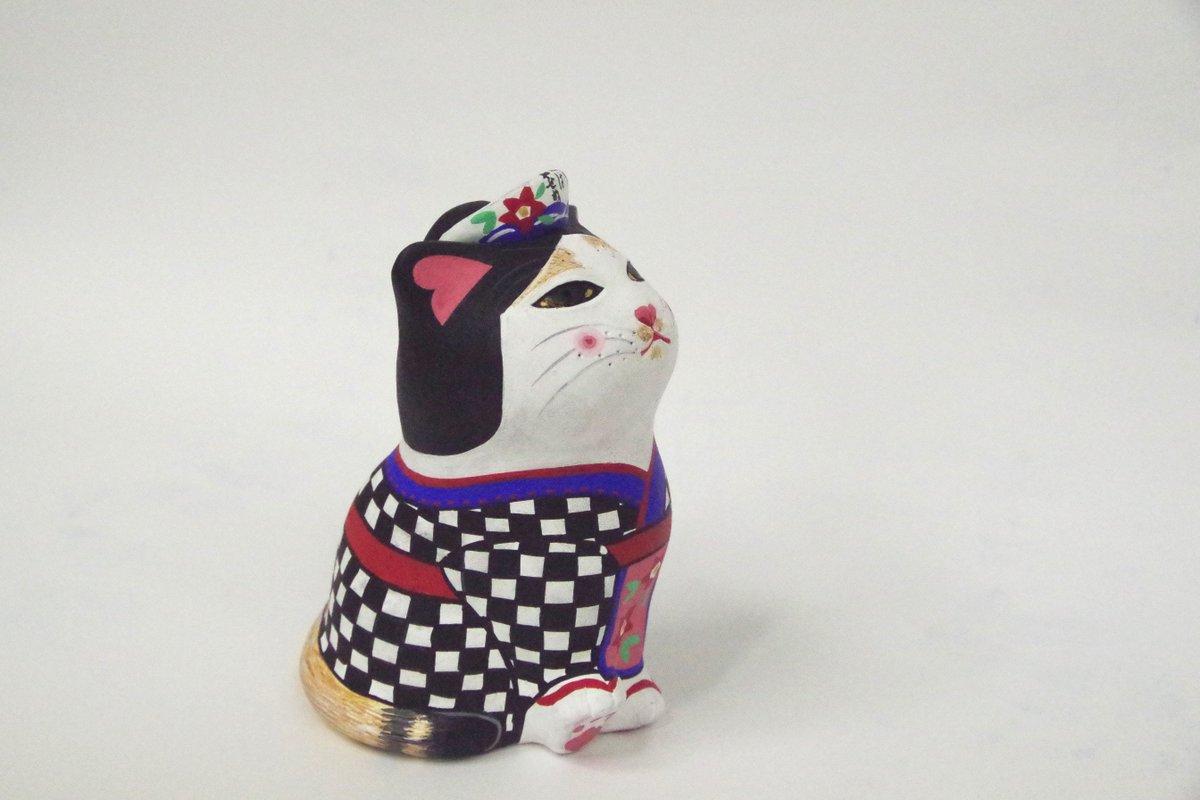 【2/8、大島元町港のあんこ猫持ち去りについてご心配、拡散いただいた多くの皆様へ】 2/23現在まだ戻ってきておりません。引き続き大島では帰りを待っています。 茶色い尻尾で先っちょは黒が特徴です。 https://t.co/XhCe13keN9