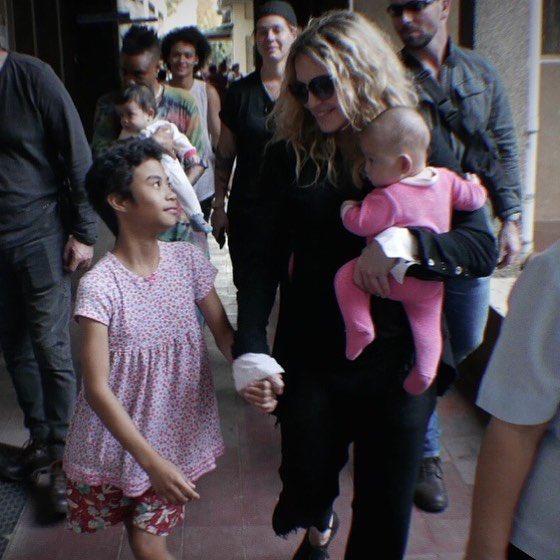 Celeste gives me the guided tour of Hospicio de San Jose. Run by nun's with love ????! https://t.co/ogncXbwRX8