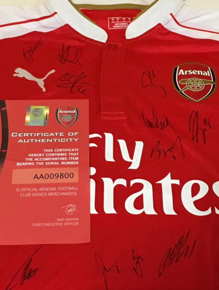 OK, we've got a signed @Arsenal shirt to give away - RT & follow for a chance to win! #AFC https://t.co/PSACnRCNFf