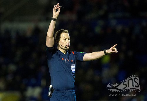 Willie Collum dropped from Premiership games after series of blunders https://t.co/vKV5au2re0 https://t.co/cbXvBQST97