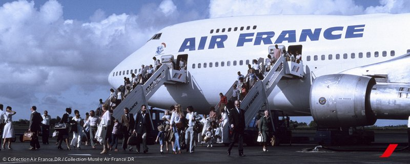 Bored on your commute? Explore Air France's history with beautiful vintage pictures! >>